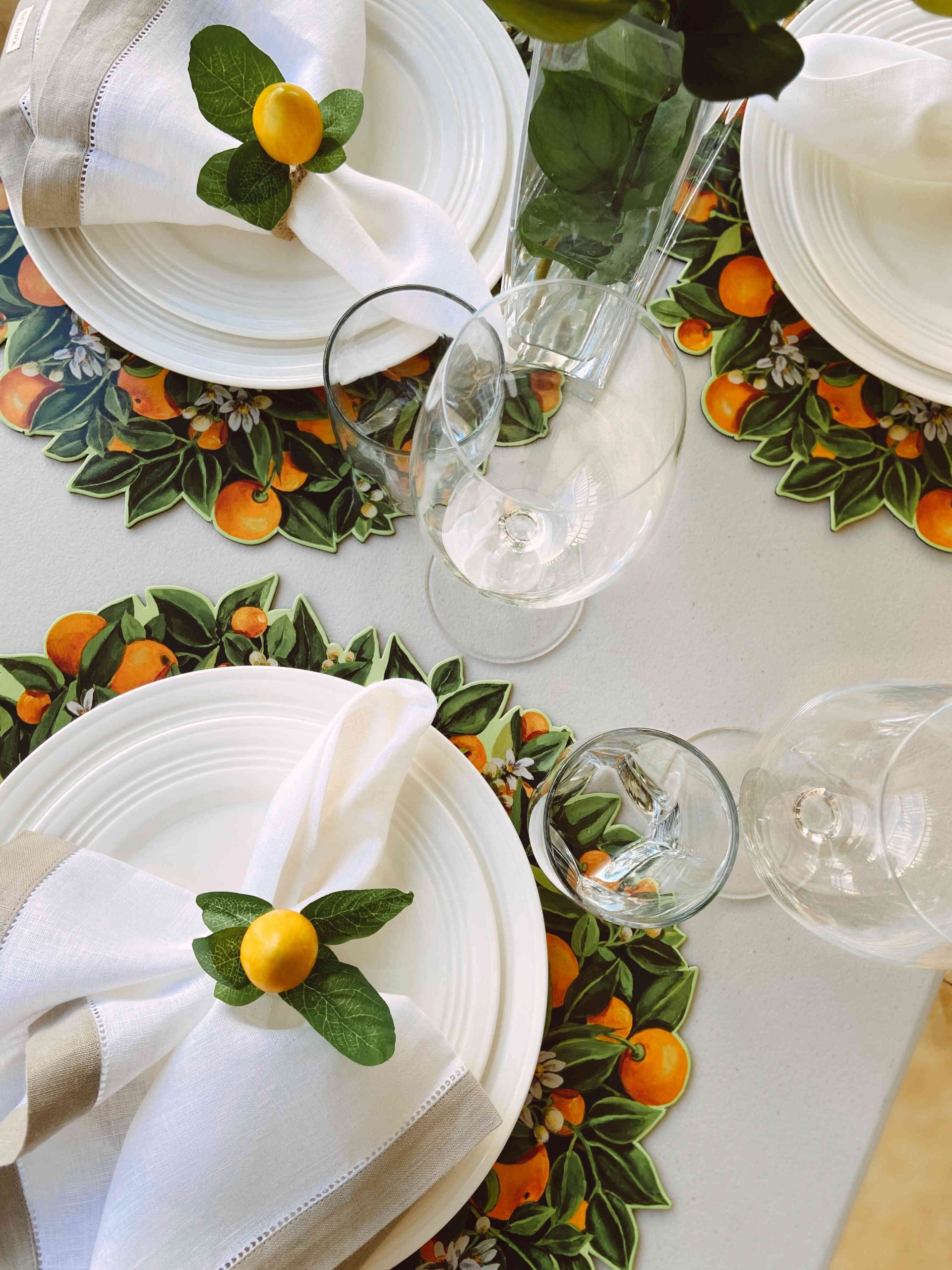 tropical bruch table